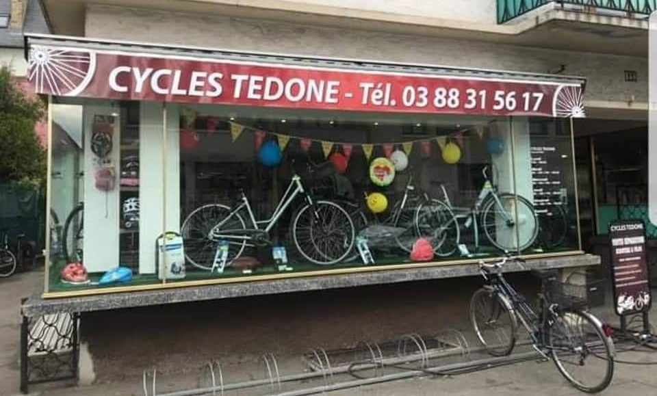Vitrine de Cycles Tedone
